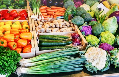 Spring and Summer Farmers Markets in the Stateline